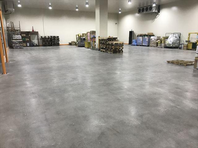 倉庫床改修1_R